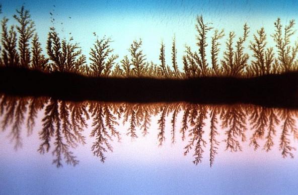 Tranh phong cảnh thiên tạo trong đá mã não