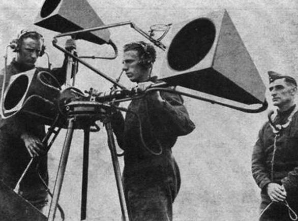 Trước khi có radar, người ta phát hiện máy bay bằng cách nào?
