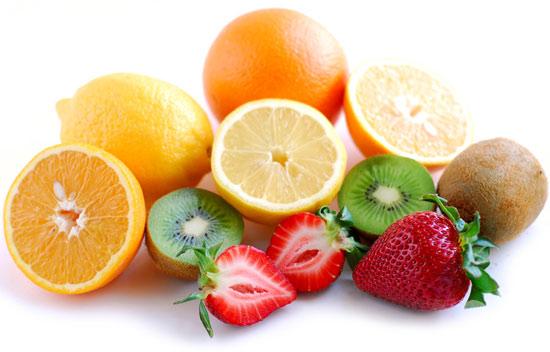 Vai trò của vitamin c đối với mắt và não