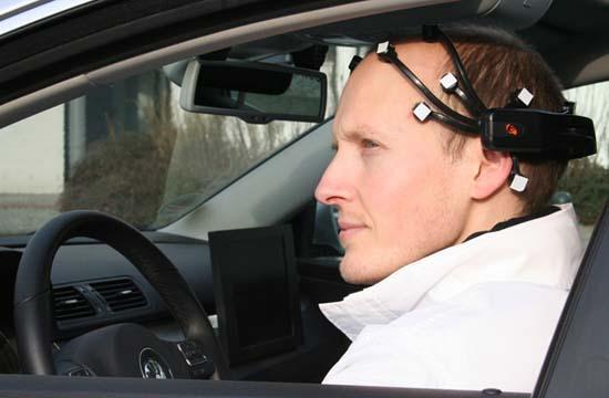 Xe hơi điều khiển bằng ý nghĩ
