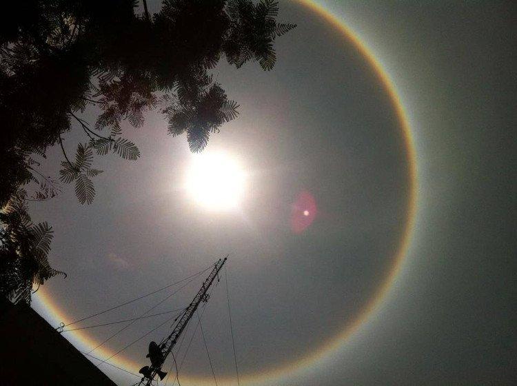 Quầng mặt trời là gì?