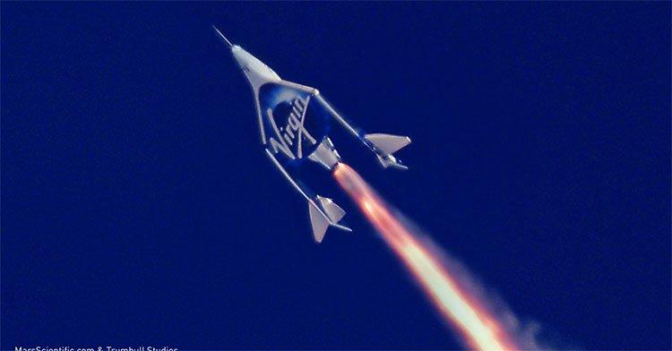 Bạn có thể có chuyến du lịch không gian đầu tiên với 6 tỷ đồng