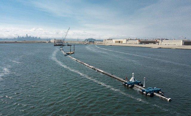 Bắt đầu thử nghiệm bẫy khổng lồ thu gom rác thải nhựa trên Thái Bình Dương