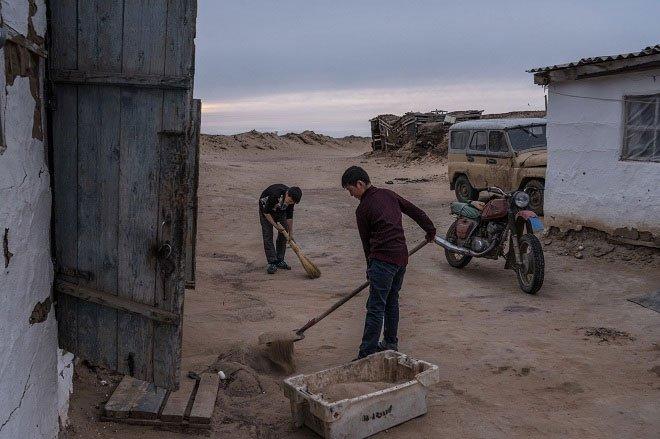 Biển kín lớn thứ 4 thế giới biến mất hoàn toàn, trơ đáy khô cằn