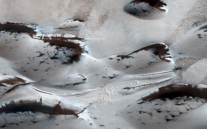 Cận cảnh bề mặt kỳ thú trên sao Hỏa trong loạt ảnh mới nhất của NASA