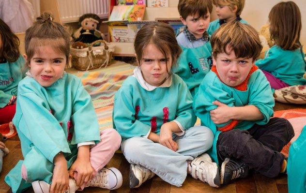 Có nên cho trẻ đi học mẫu giáo từ sớm?