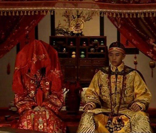 Đại hôn lễ xa hoa của hoàng đế Trung Quốc