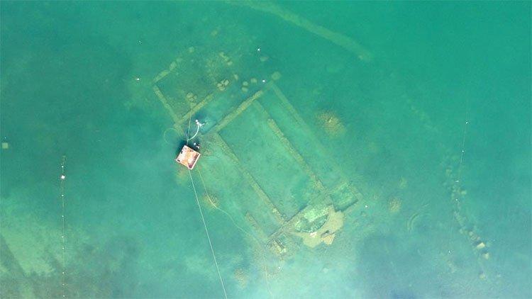 Kiến trúc tráng lệ 1.600 tuổi ẩn dưới hồ Thổ Nhĩ Kỳ