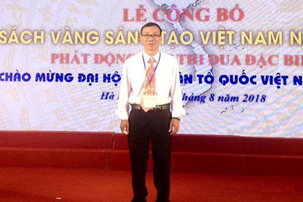 """""""Máy bắn bóng chuyền"""" của nhóm giáo viên Hà Tĩnh được ghi danh """"Sách vàng sáng tạo Việt Nam"""""""