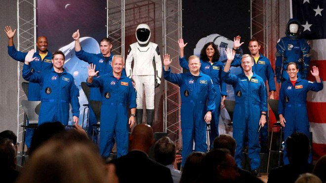 NASA tuyên bố đội ngũ phi hành gia sẽ bay cùng SpaceX và Boeing lên trạm vũ trụ ISS, khởi đầu cho kỉ nguyên vũ trụ mới