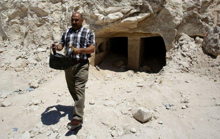 Phát hiện hàng chục ngôi mộ thời La Mã cổ đại ở Palestine