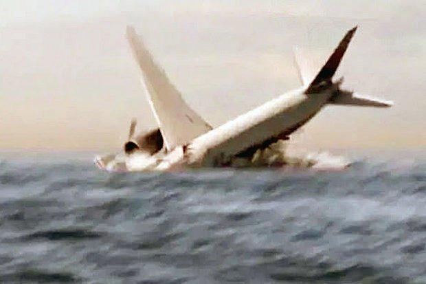 Phút cuối của MH370, vọt khỏi bầu trời rồi lao thẳng xuống biển!