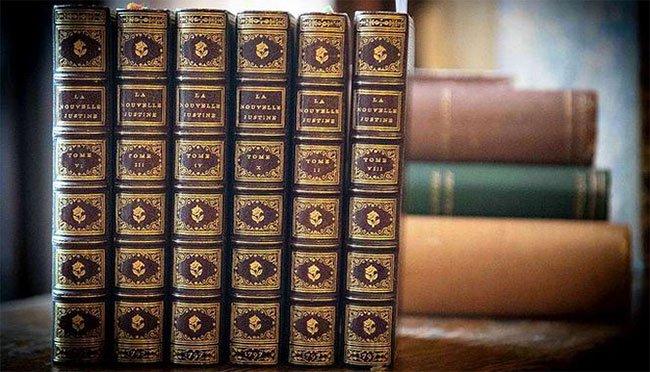 Sáu sách khiêu dâm bị tiêu hủy hơn 200 năm được tìm thấy, sắp đấu giá