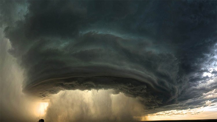 Tại sao bão thường theo hướng Tây -Tây Bắc?