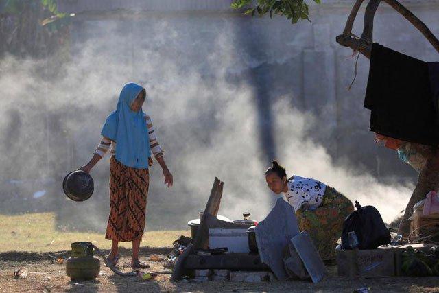 Thảm họa động đất tại Indonesia: Số người chết tăng lên 380