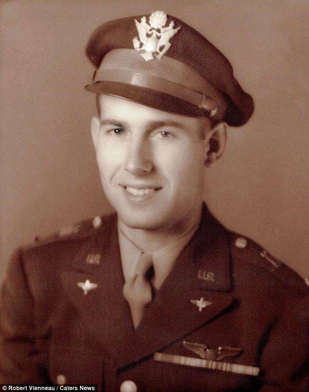 Tìm thấy phi công mất tích cùng máy bay ném bom cách đây gần 80 năm