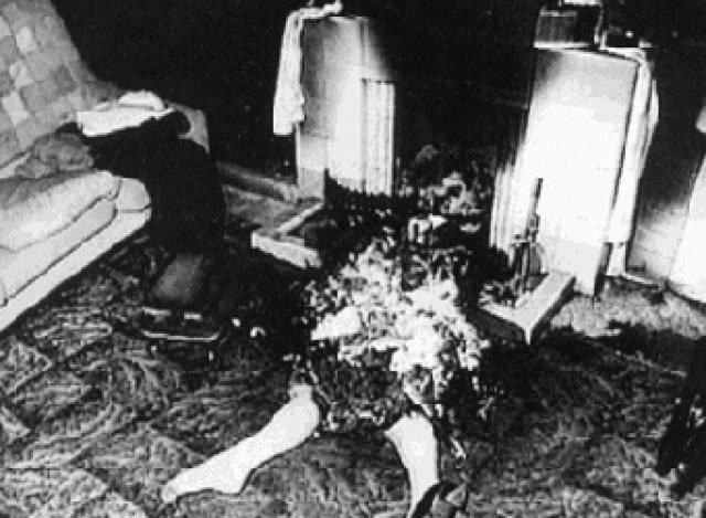 Vụ án bí ẩn:Người phụ nữ cháy rụi thành tro bụi bên trong căn hộ gần như nguyên vẹn