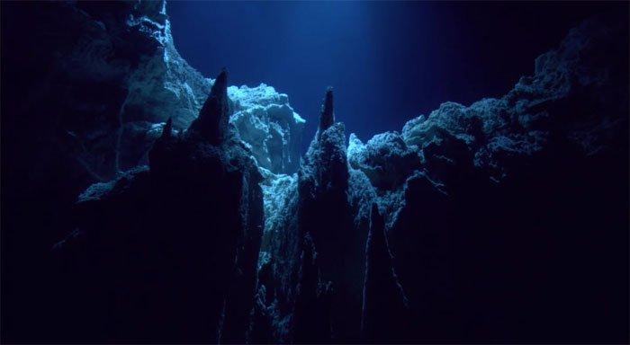 10 điều có thể bạn chưa biết về vùng biển sâu nhất thế giới