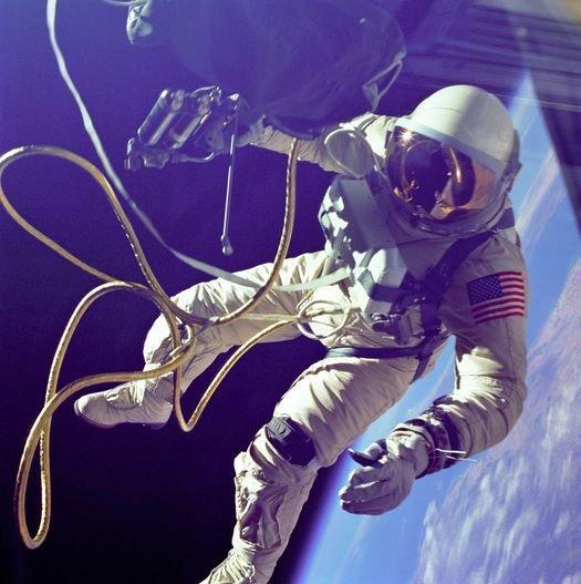 11 bức ảnh choáng ngợp của các phi hành gia NASA