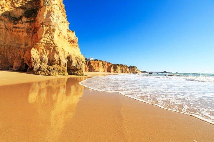13 bãi biển có phong cảnh đẹp nhất thế giới