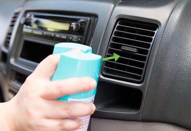 4 mẹo khử mùi xe ô tô đơn giản, nhanh chóng