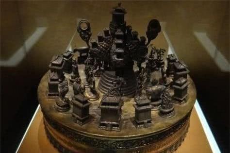 7 dị vật khai quật trong các ngôi mộ cổ: 3 cái cuối cùng số người biết tới không quá 10 người!