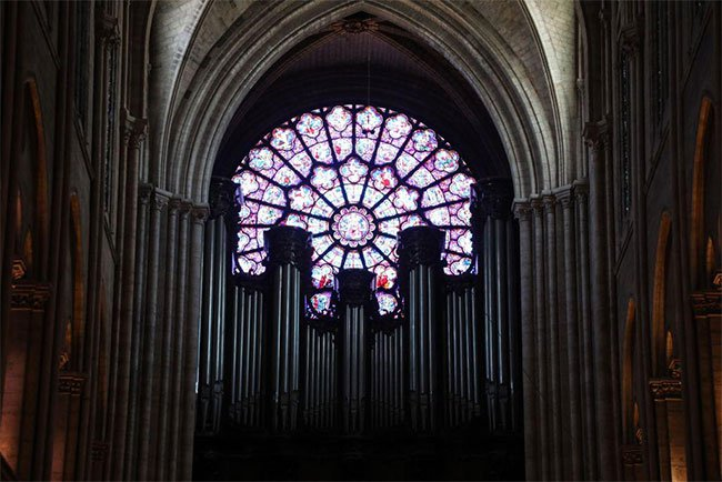 9 điều bạn cần biết về Nhà thờ Đức Bà Paris
