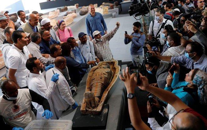 Ai Cập phát hiện kho báu mới ở nghĩa trang Saqqara