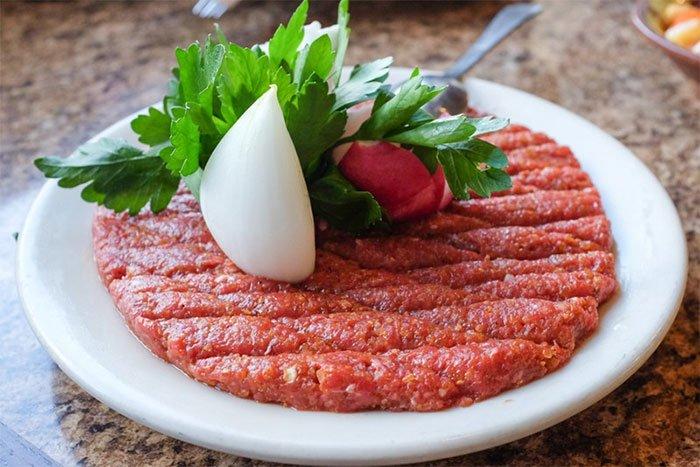 Ăn thịt bò sống, tái có an toàn không?