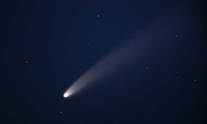 Anh chế tạo tàu vũ trụ đuổi theo sao chổi
