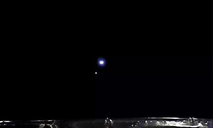 Ảnh chụp Trái đất và Mặt trăng từ khoảng cách 1,5 triệu km