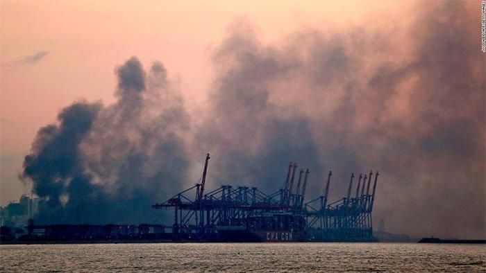 Ảnh vệ tinh cảng Beirut trước và sau vụ nổ thảm khốc ở Lebanon