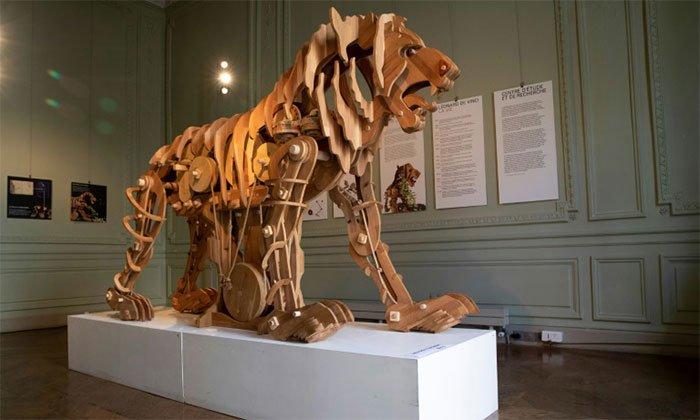 Bản dựng sư tử máy của Leonardo da Vinci
