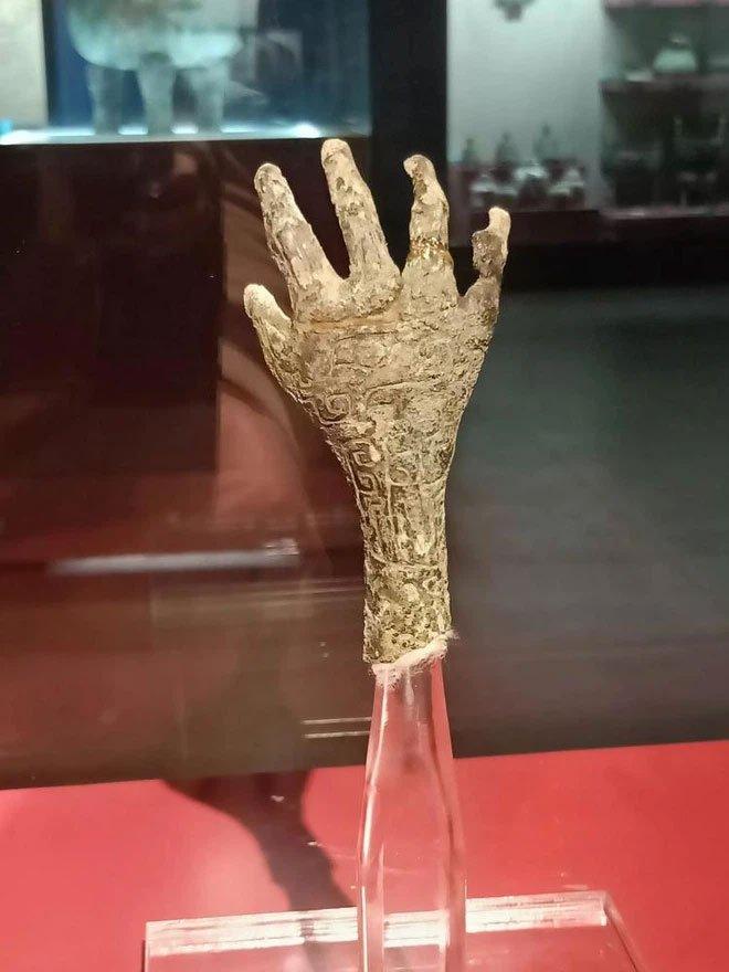 Bàn tay bí ẩn trong mộ cổ 3.000 năm: Khai quật hàng chục nghìn ngôi mộ khác cũng không có cái thứ 2