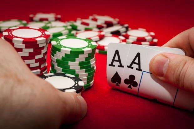Bằng sức mạnh tính toán siêu phàm, hệ thống AI mới đánh bại cao thủ poker thế giới