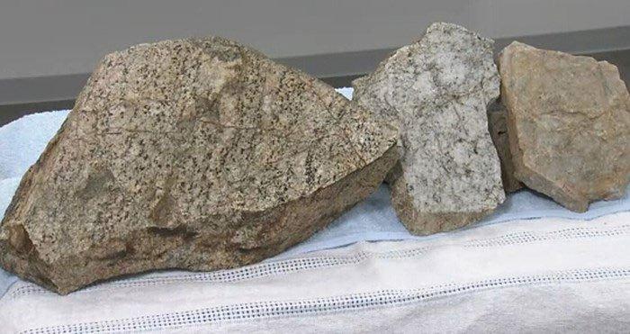 Bất ngờ phát hiện tảng đá cổ có niên đại 2,5 tỉ năm tuổi