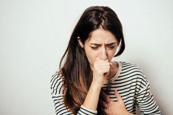 Bệnh ho khan: Nguyên nhân, triệu chứng và cách điều trị