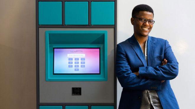 Bệnh nhân chế máy bán thuốc giành giải thưởng 25.000 USD