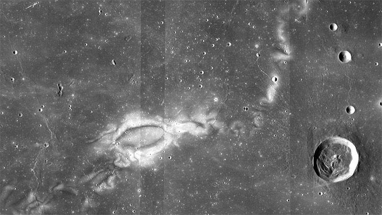 Bí ẩn dấu ấn tối và xoáy ánh sáng trên Mặt trăng