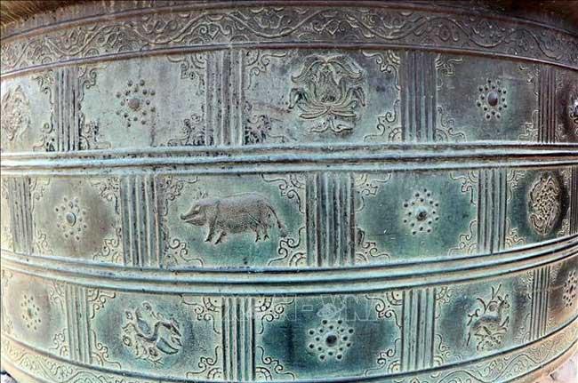 Bí ẩn những chiếc vạc đồng tinh xảo thời chúa Nguyễn