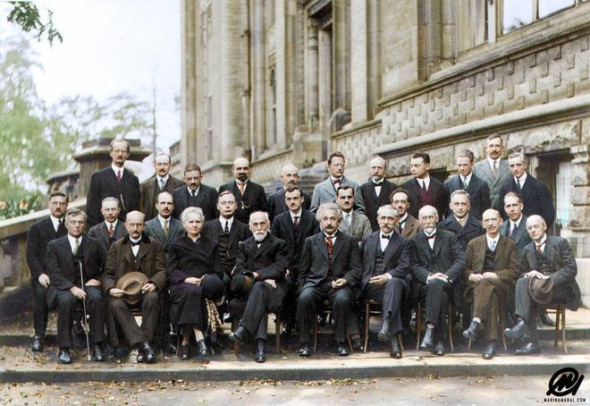 Bức ảnh nhiều não nhất mọi thời đại: Nguyên hội bạn thân toàn thiên tài IQ trên 180
