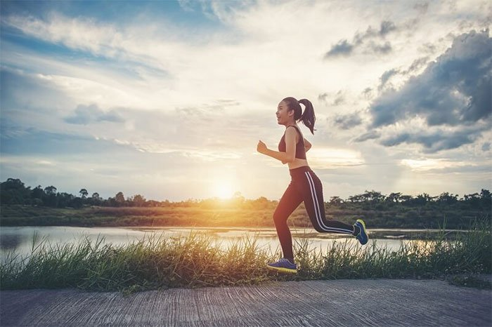 Các nhà khoa học giải thích tại sao bạn nên tập thể dục trước khi ăn sáng