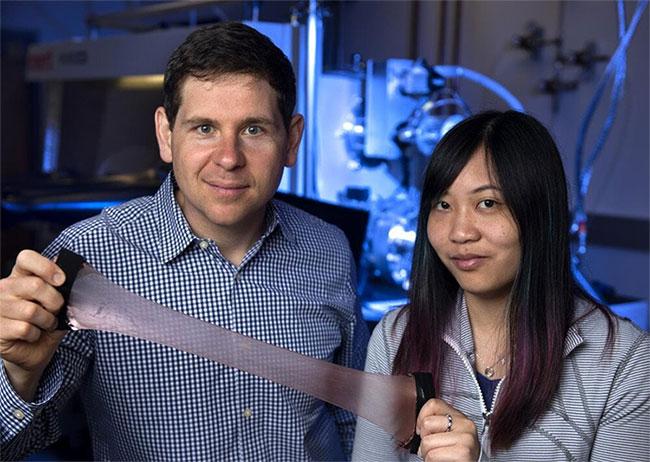 Các nhà khoa học sắp được đắp chăn vũ trụ lấy cảm hứng từ da mực