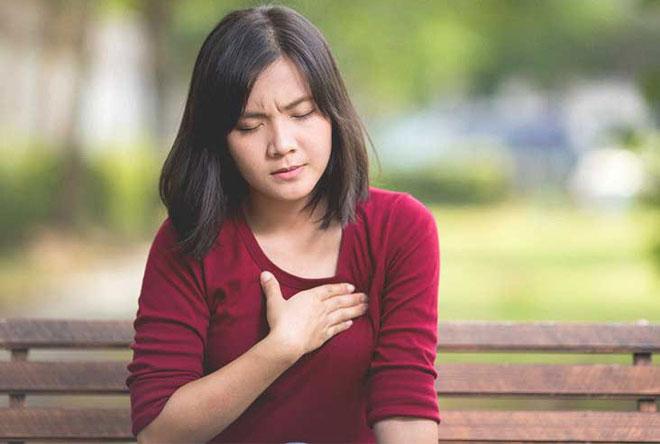 Cái cảm giác đau nhói trước ngực, nếu không phải đau tim thì là gì vậy?