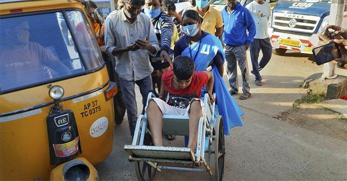 Căn bệnh lạ khiến hàng trăm người tại Ấn Độ bất ngờ lên cơn co giật