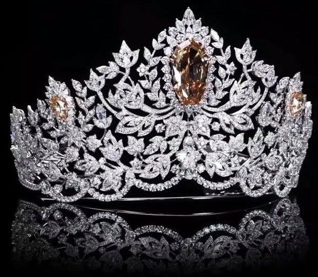 Cận cảnh chiếc vương miện Hoa hậu Hoàn Vũ 2020 trị giá 115 tỷ
