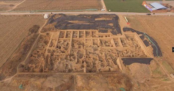 Cận cảnh xưởng đúc tiền lâu đời nhất của thế giới phát hiện ở Trung Quốc