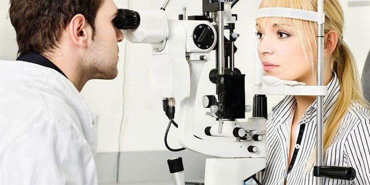 Cẩn trọng các bệnh về mắt mùa nắng nóng