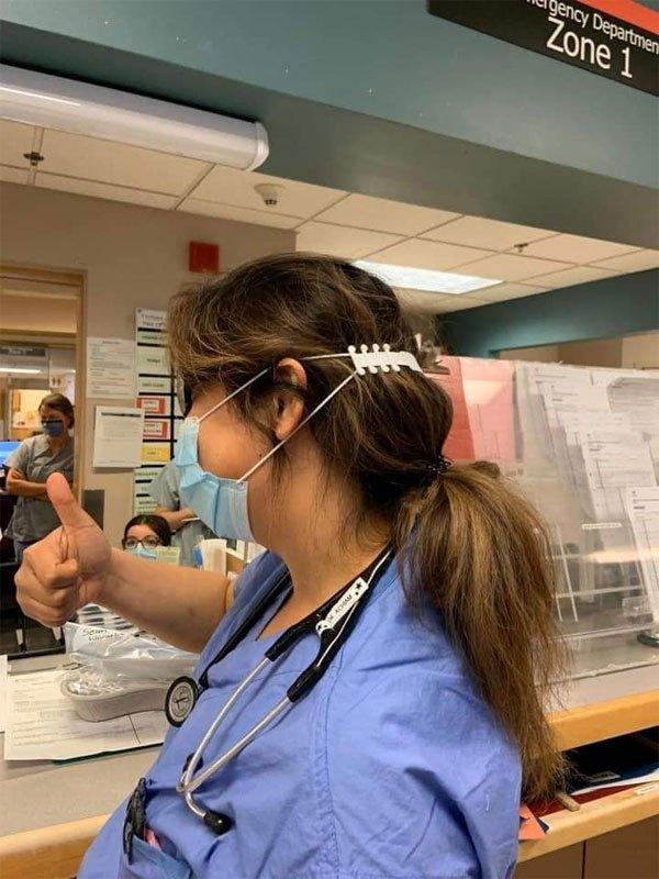 Cậu bé 12 tuổi sáng chế thiết bị chống đau tai khi đeo khẩu trang
