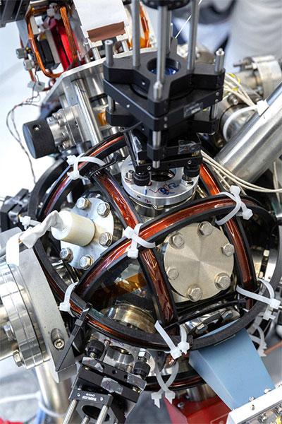 Chế tạo thành công la bàn lượng tử siêu chính xác, vượt trội hơn so với GPS